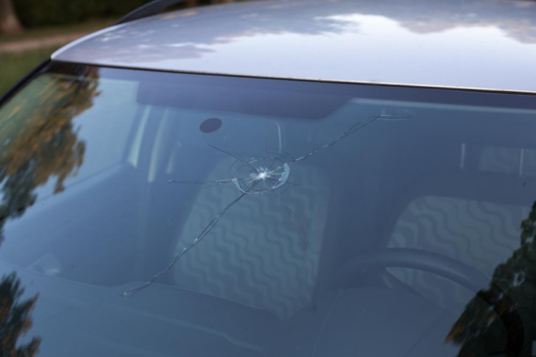 Windshield Replacement Come To You >> Signs That You Need Windshield Replacement Side Car